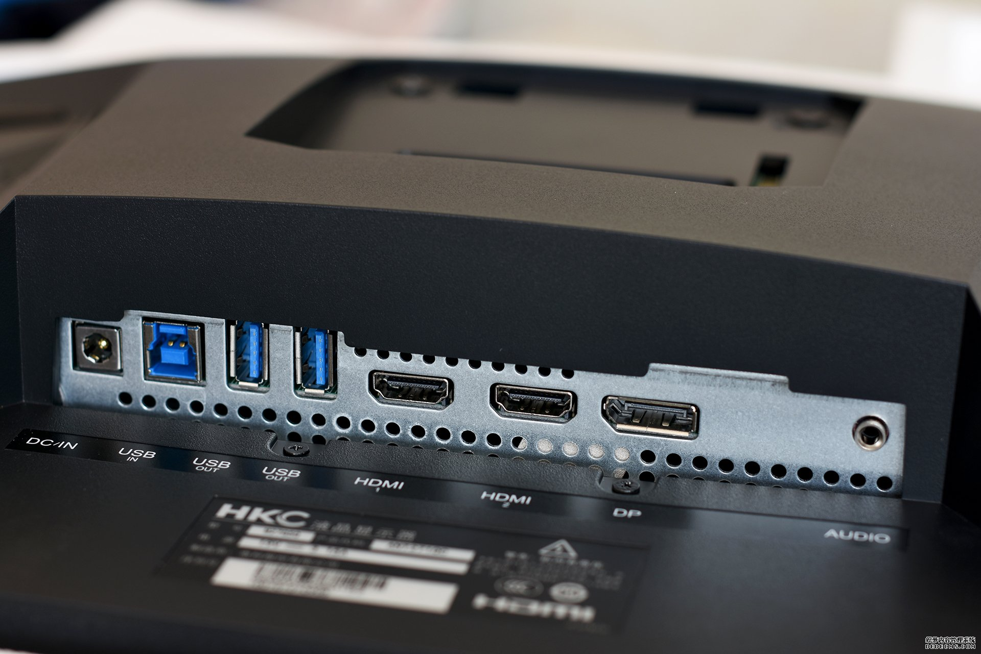 蚂蚁电竞ANT271QC 27英寸144hz显示器 开箱评测