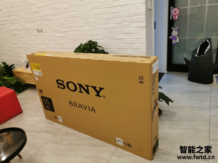 详解索尼kd65x9500g和小米4S哪个好?评价区别是?