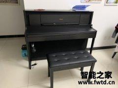 琴友们罗兰钢琴怎么样,罗兰和雅马哈音色哪个更好?区别大吗