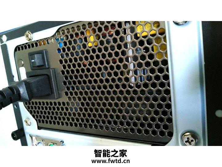 请问航嘉wd600k与酷冷至尊gx550区别是什么?比较哪个好?