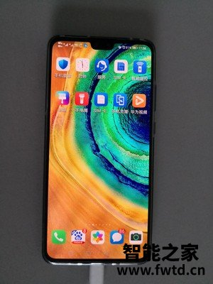 实力比拼华为P40 Pro和iPhone12哪个更好?说说配置区别有吗!!!内