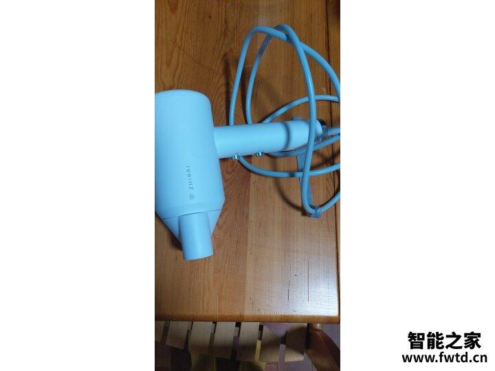 入手曝光直白HL505(青春版)怎么样呢??电吹风直白HL505(青春版)功能好不好
